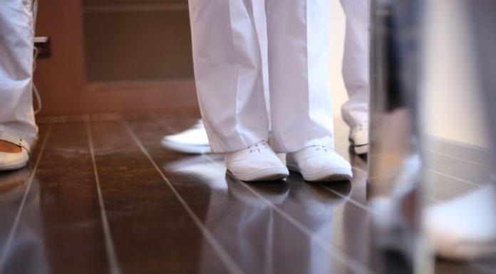 nurses shoes image