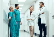 """Medical staff chatting"""
