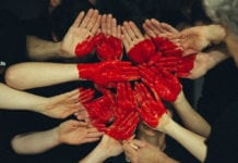 Hearts_On_Hands_Image