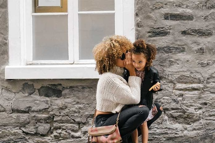 Woman_And_Daughter_Image