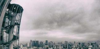 Cloudy_City_Scape_Image