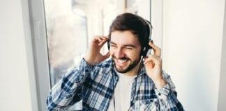 Man_Listening_To_Music_Image