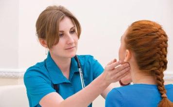 Female_Nurse_And_Patient_Image
