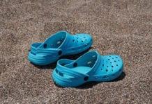 Blue_Crocs_Image